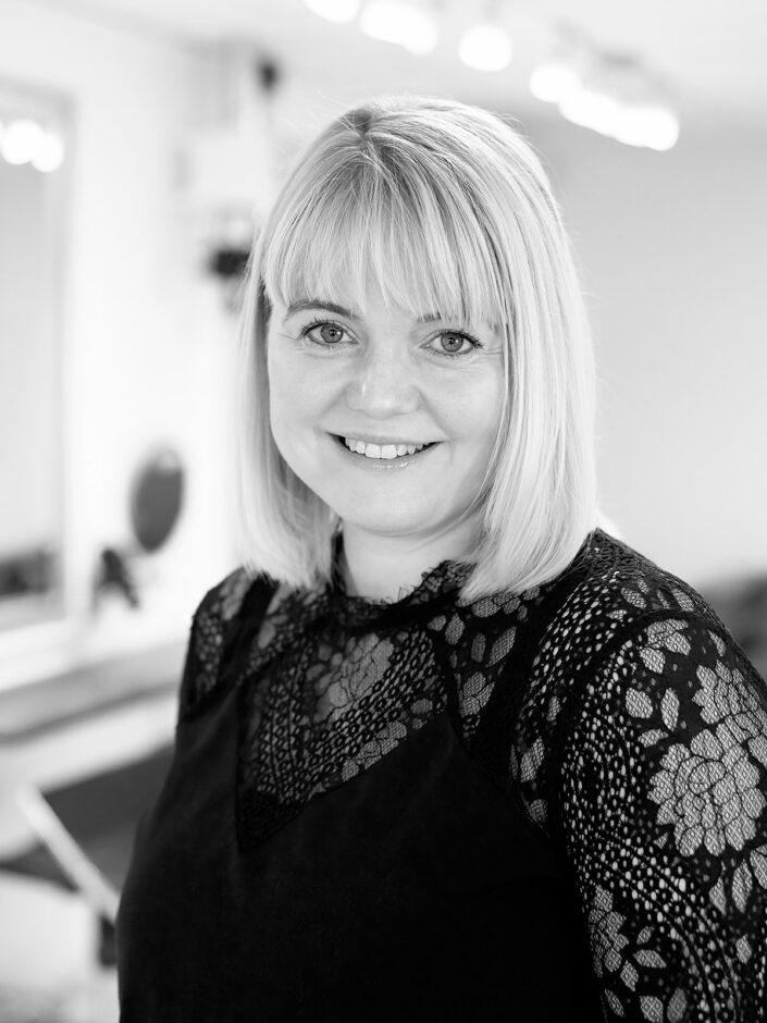Erhvervsportræt af frisør og indehaver Hanna Lylloff, Frisør Image, Skanderborg | © Koldsø Fotografi